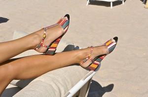 Des pieds sublimes et hauts en couleur !
